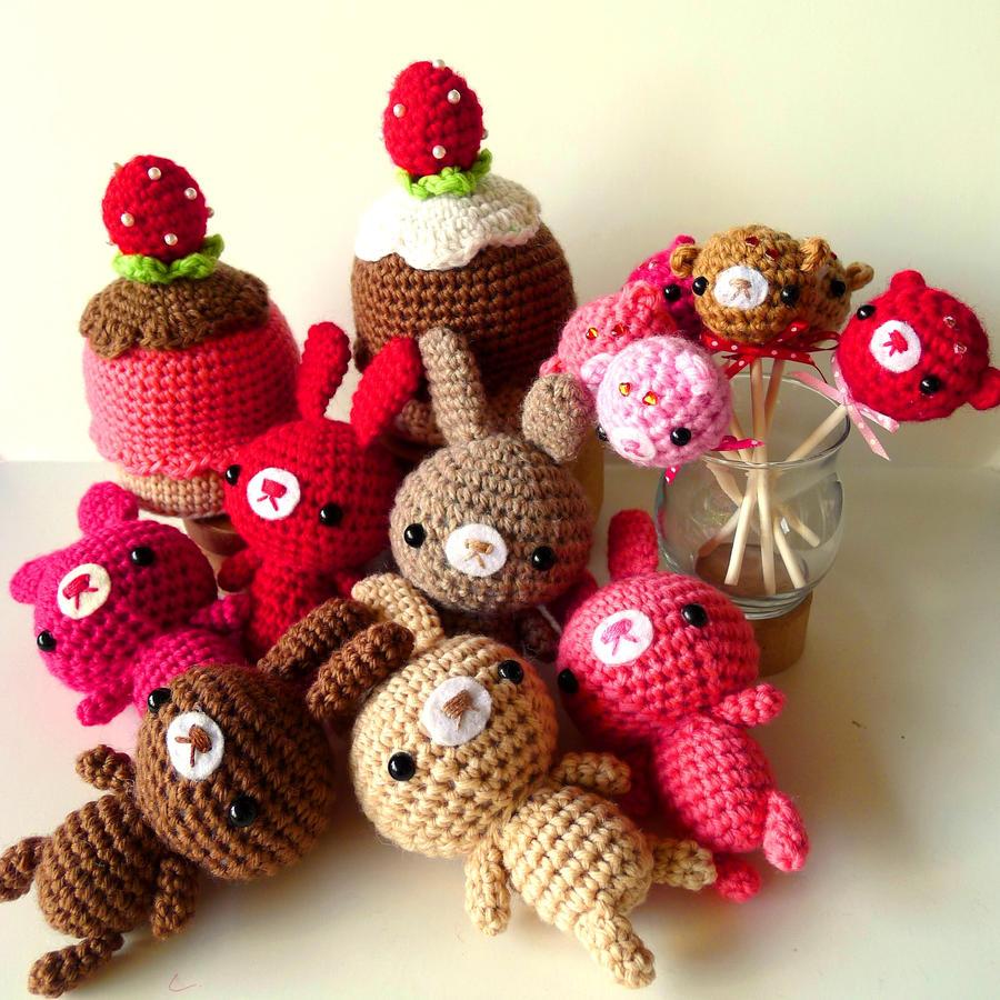 Valentines Day amigurumi by berrysprite on DeviantArt