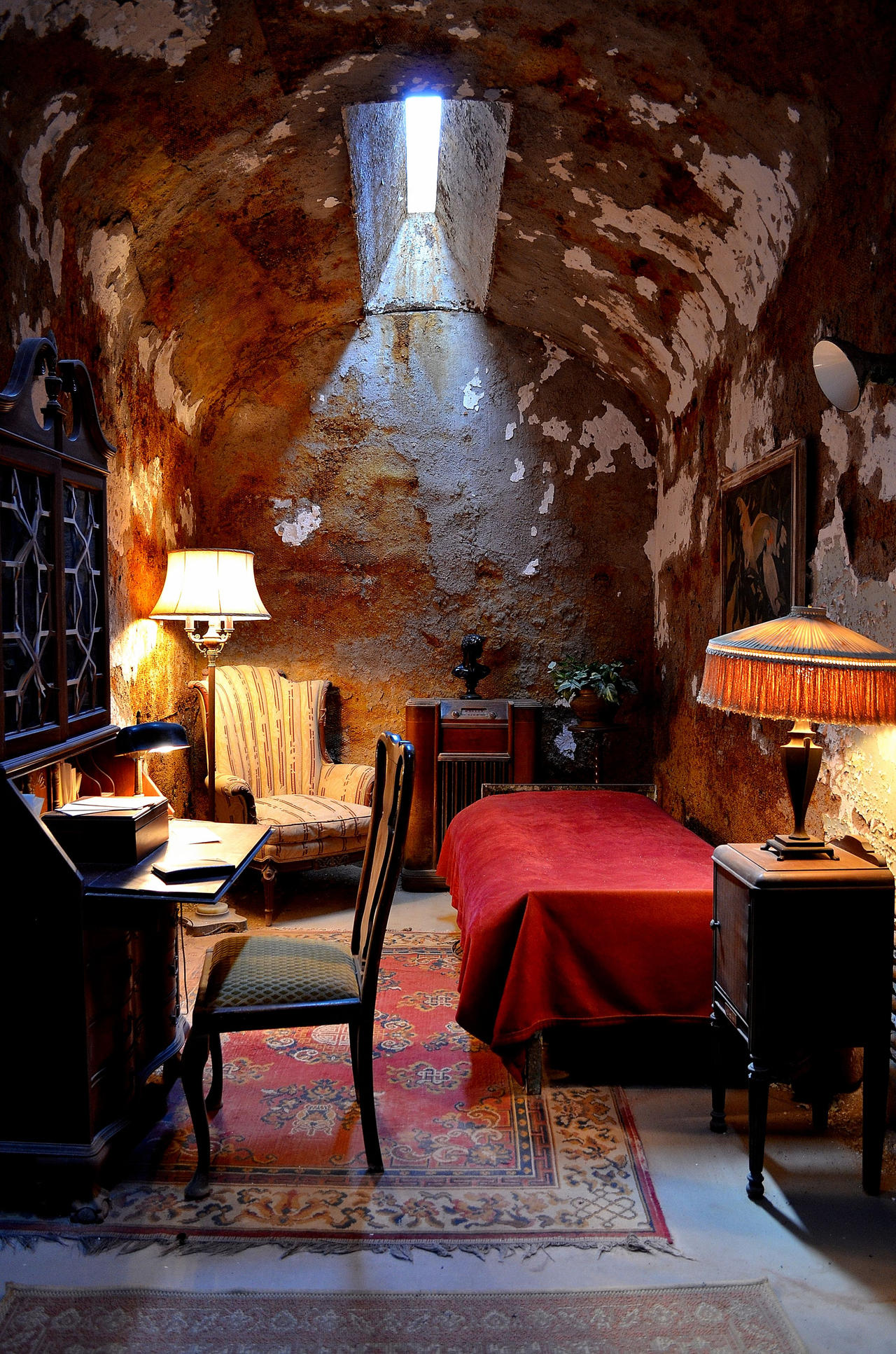 AL Capone's Cell (Inside) by PAlisauskas