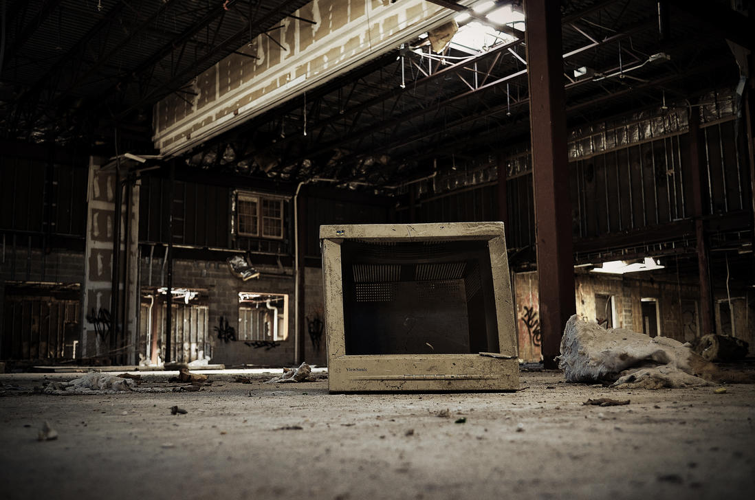 Old Comp In the Abadoned Place by PAlisauskas