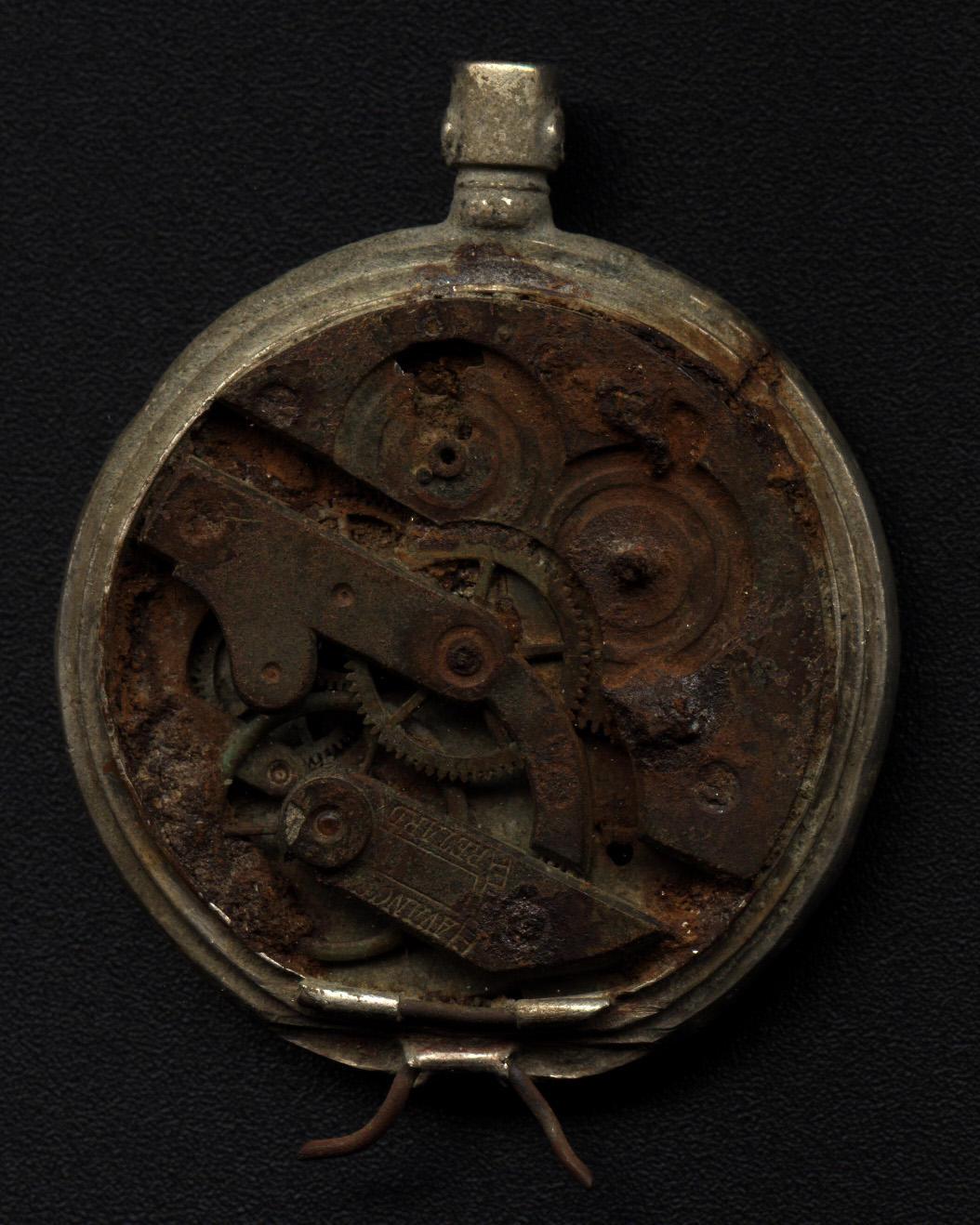 Old Pocket Watch by eviln8