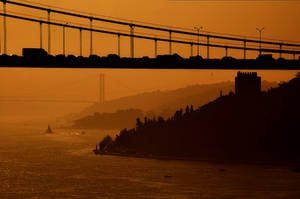 Foggy Istanbul by sinademiral