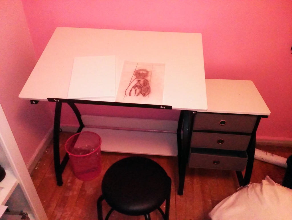 my new drawing table in my room by emerswell
