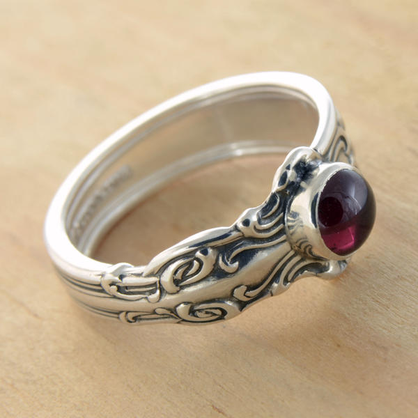 Spoon Ring with Rhodo Garnet by metalsmitten