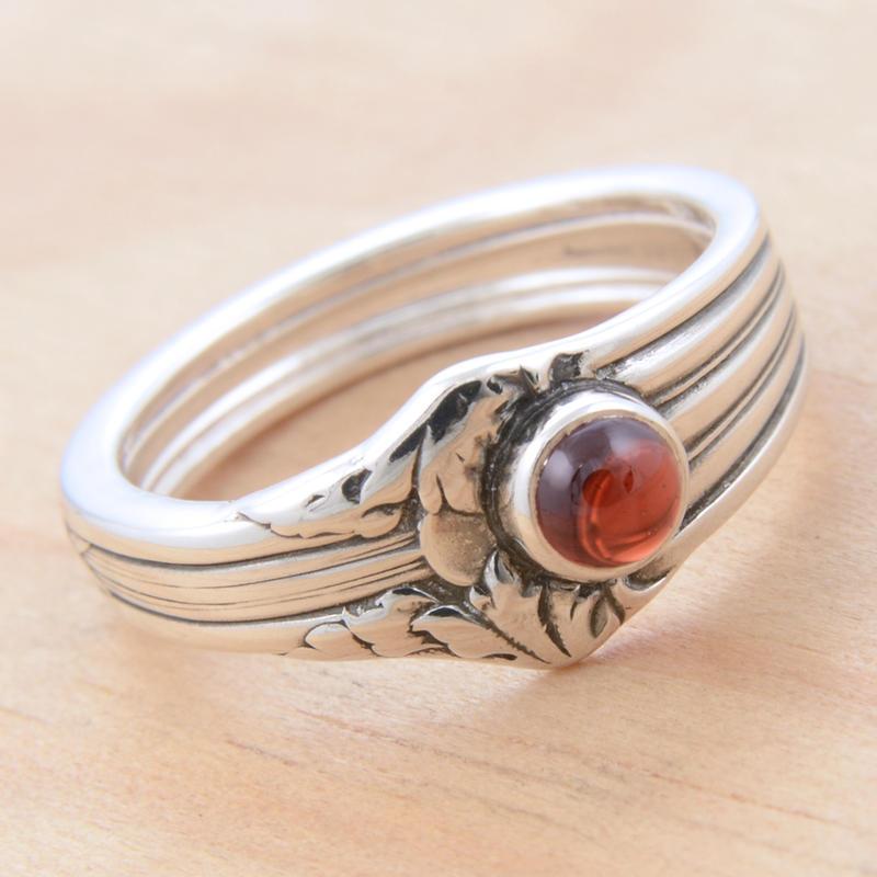 Spoon Ring with Garnet 2 by metalsmitten