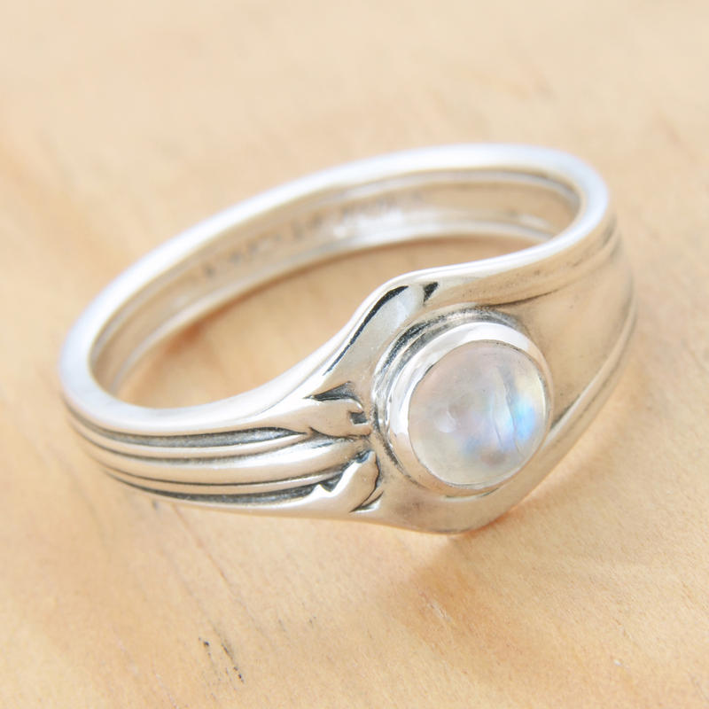 Spoon Ring w Rainbow Moonstone by metalsmitten