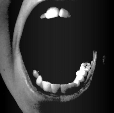 Angry_Teeth_by_Pitrisek.jpg