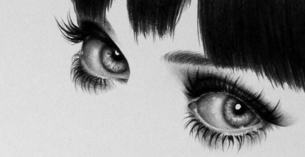 У Зимы красивые глаза.