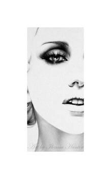 Lady Gaga Commission detail