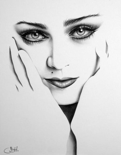 Madonna Minimal by IleanaHunter