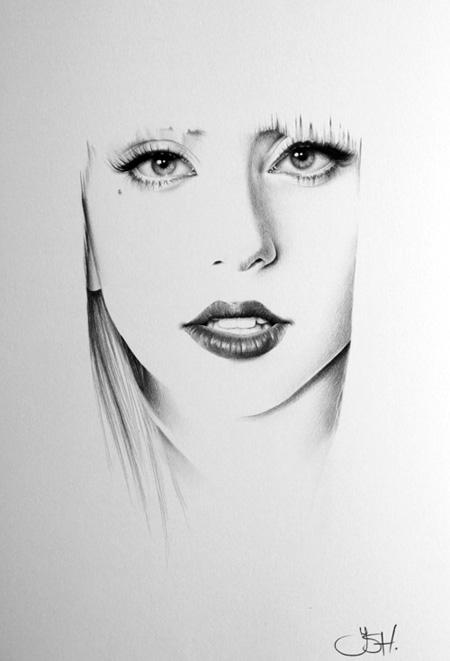 Lady Gaga Minimal by IleanaHunter