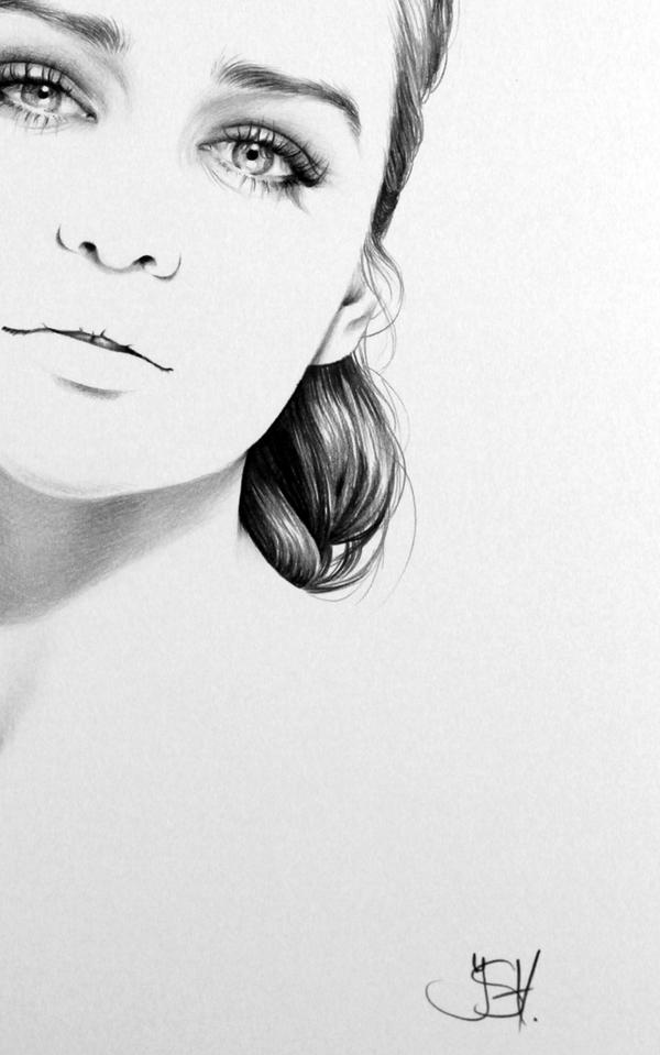 Emilia Clarke Commission - detail by IleanaHunter