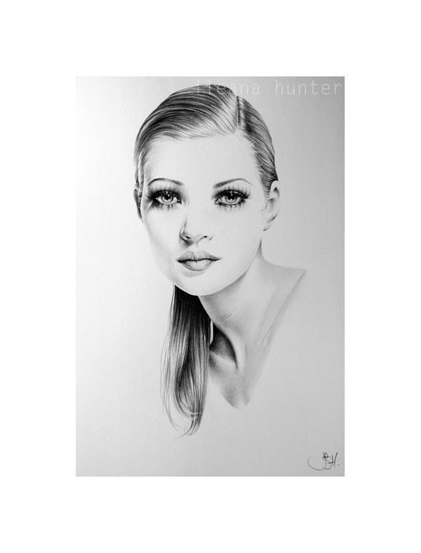 Kate Moss Minimal Portrait by IleanaHunter