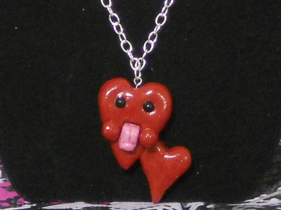 Heart La Necklace by SeductiveBonbons