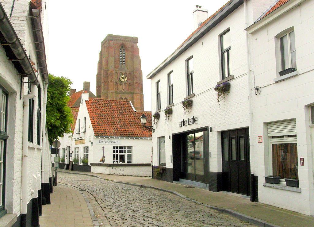 Lissewege ( in Flanders ) by eikenboom