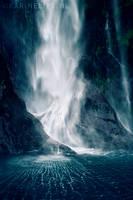 Bowen Falls by karinelips
