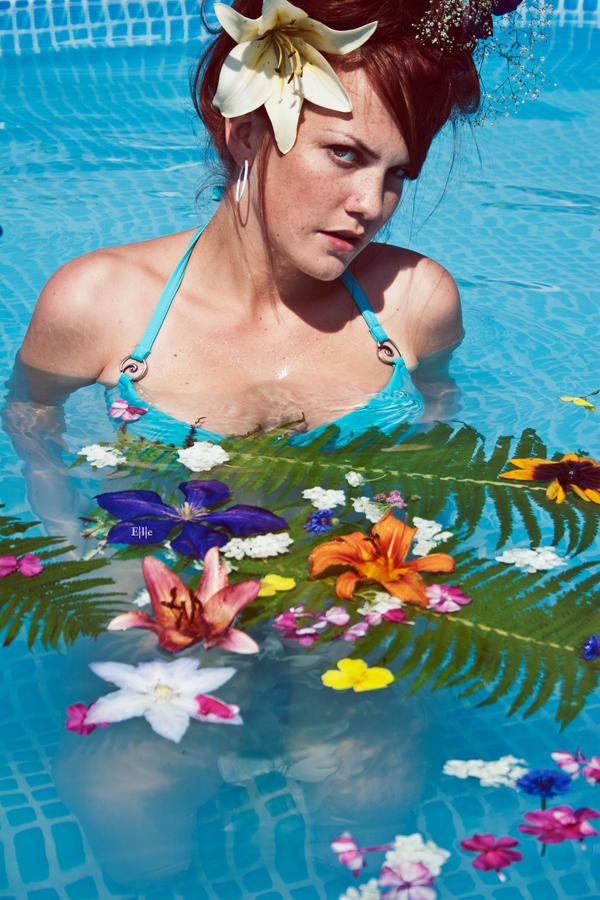 Tropics by EleGold