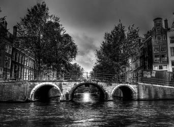 Amsterdam BW by Chaton75