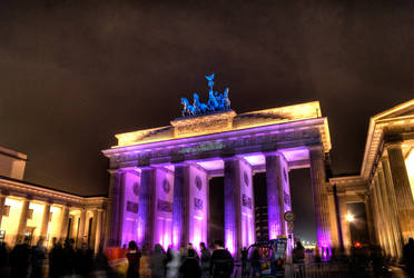 Brandenburger Tor by c-berlin