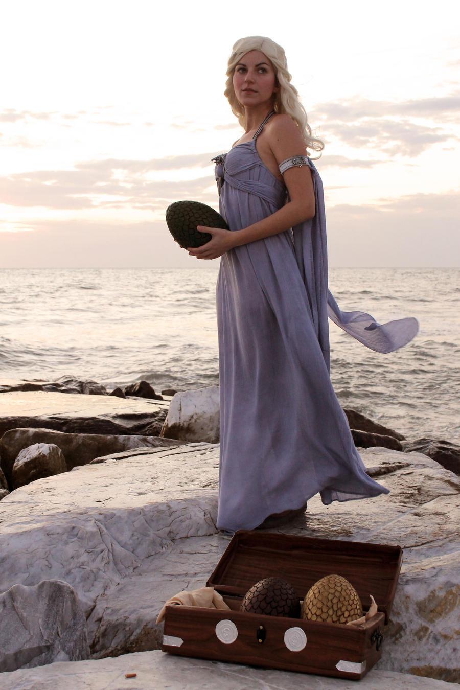 Daenerys 6 by Elisa-Erian