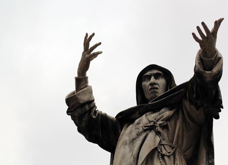Statue of Girolamo Savonarola