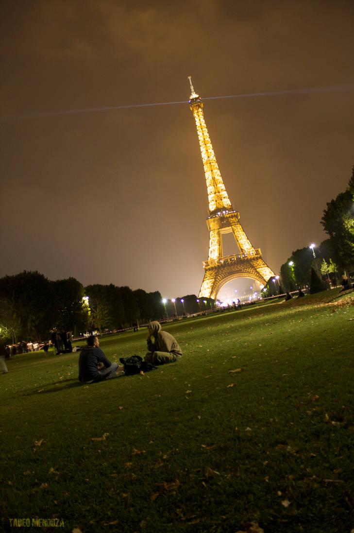 Picnic at Eiffel Tower