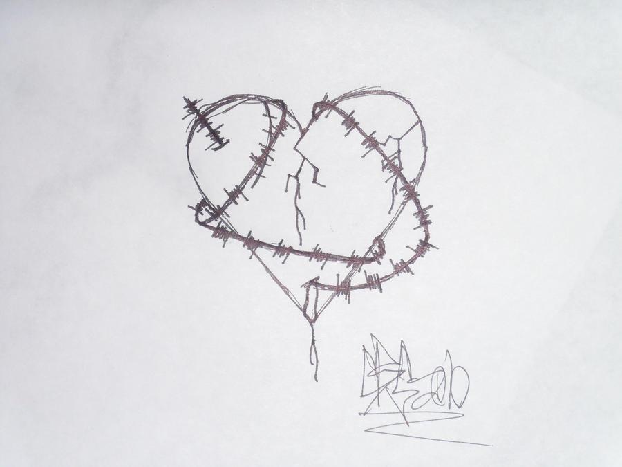 Barbed Wire Heart by chrisMISFIT on DeviantArt