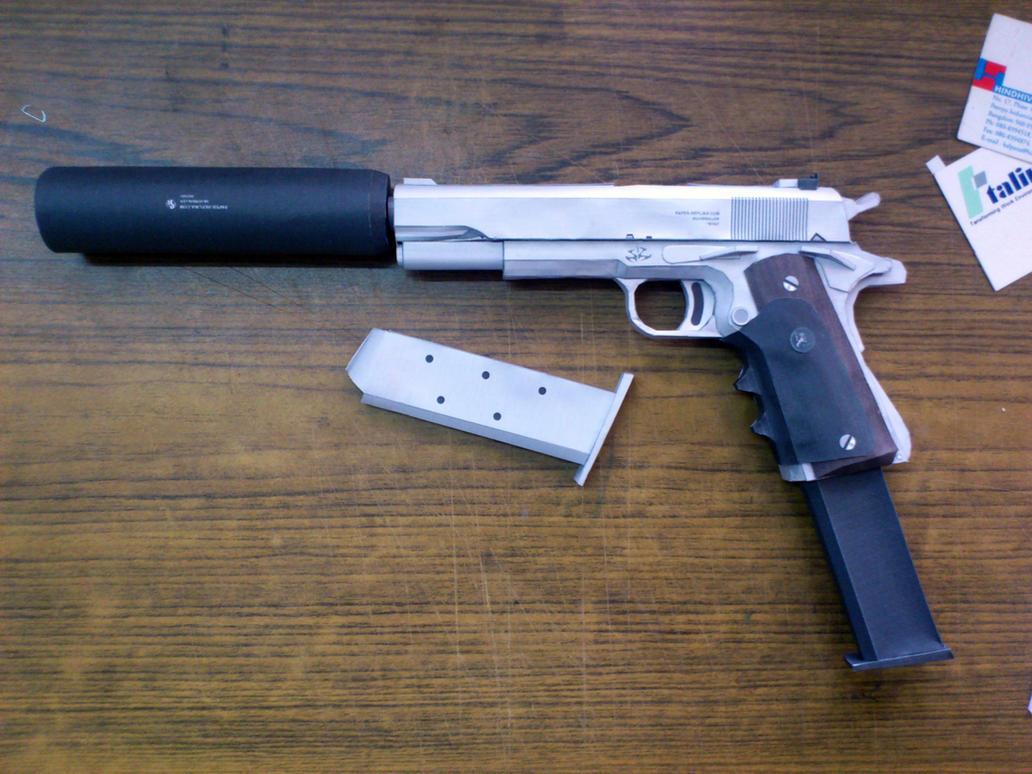 http://pre14.deviantart.net/19b9/th/pre/f/2013/062/7/1/silver_ball_pistol_papercraft_by_suraj281191-d5wsx4d.jpg