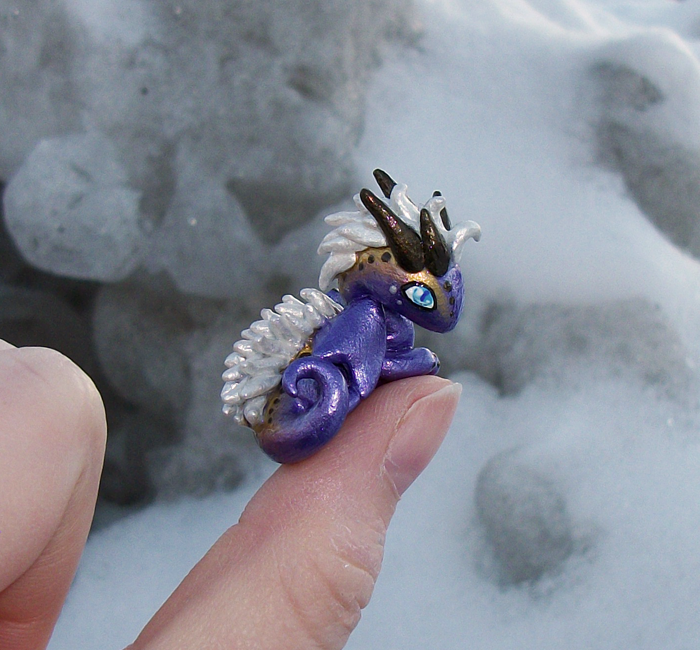 Purple Punk 'Thumb' Dragon by KingMelissa