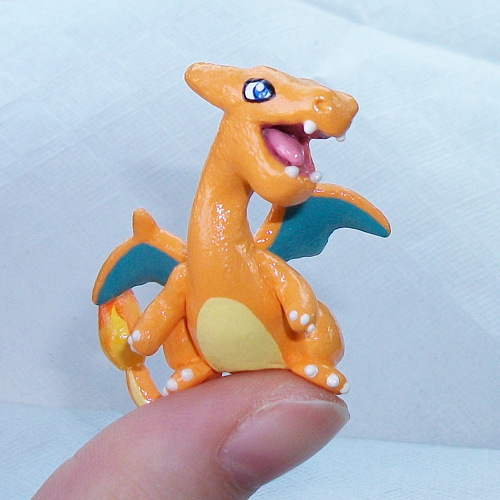 Charizard 'Thumb' Pokemon by KingMelissa