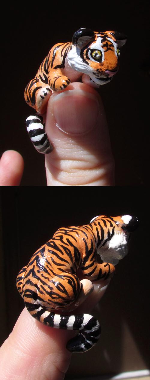 Mini 'Thumb' Tiger by KingMelissa