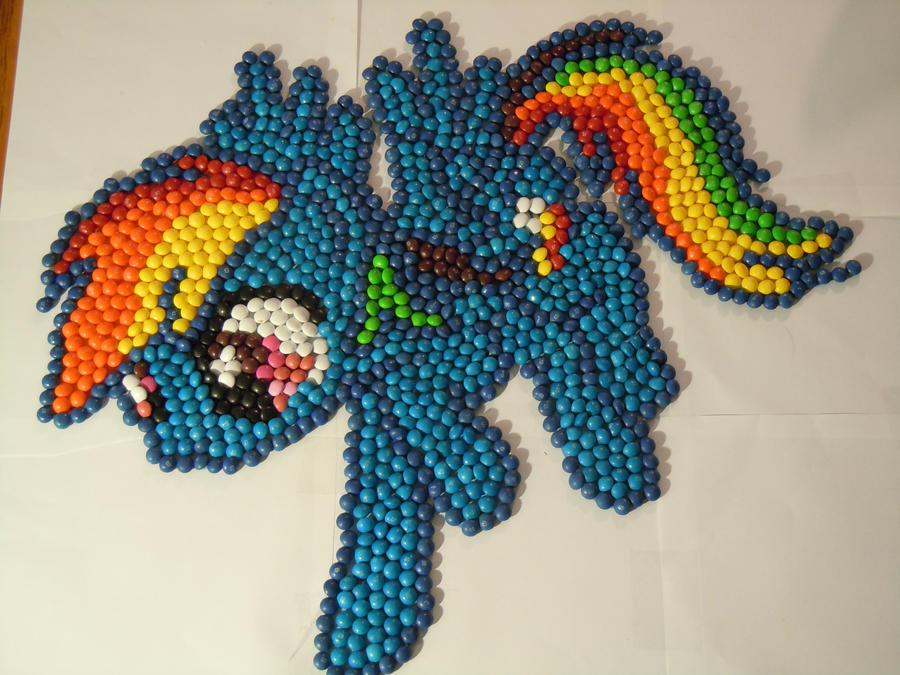 Rainbow Dash Dropped Something by Grudgeholder