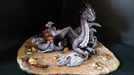 Stone Dragon with 4 babies by CarmenPavlek