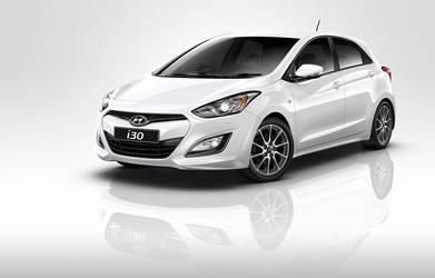 Hyundai i30 SR white