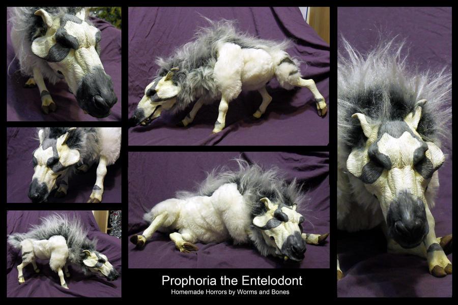 Prophoria the Cranky Entelodont by WormsandBones