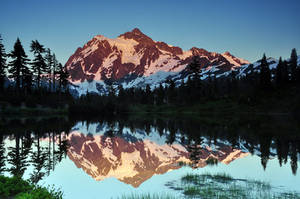 Reflecting on Mount Shuksan by greglief