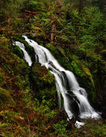 Cascade Falls by greglief