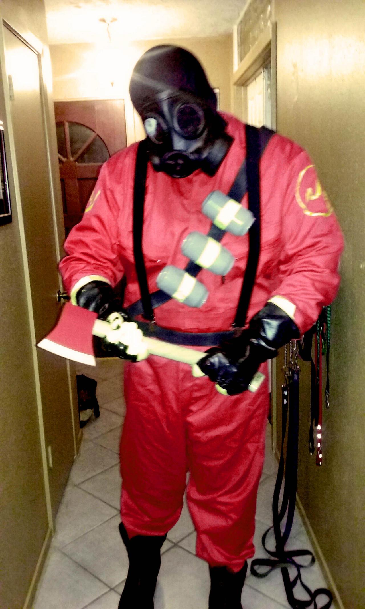 Pyro Tf2 Cosplay My TF2 Pyro Costume by...