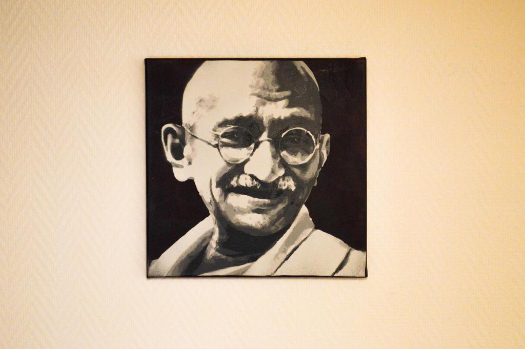 Gandhi by 31n60