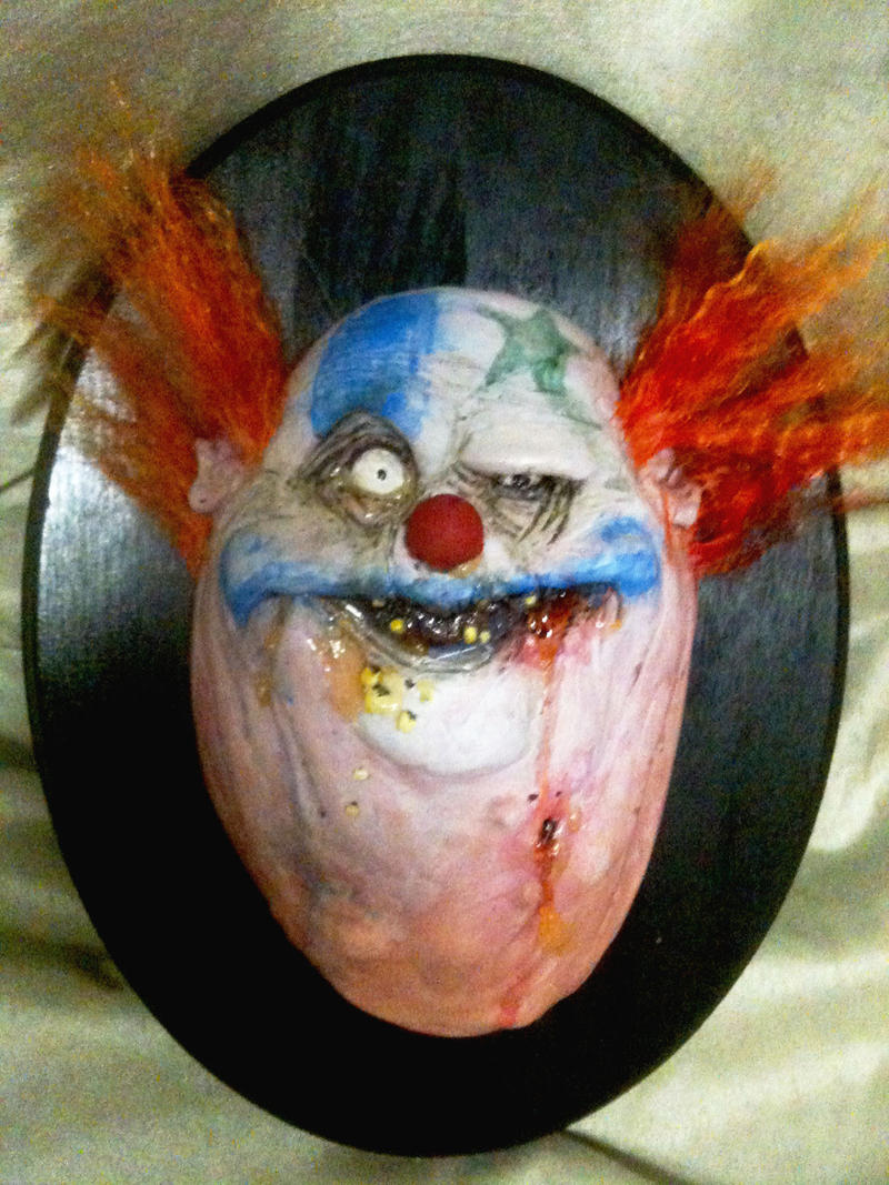 clown Trophy by UglyBabyEater