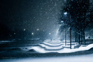 Snow in Helsinki by hmcindie