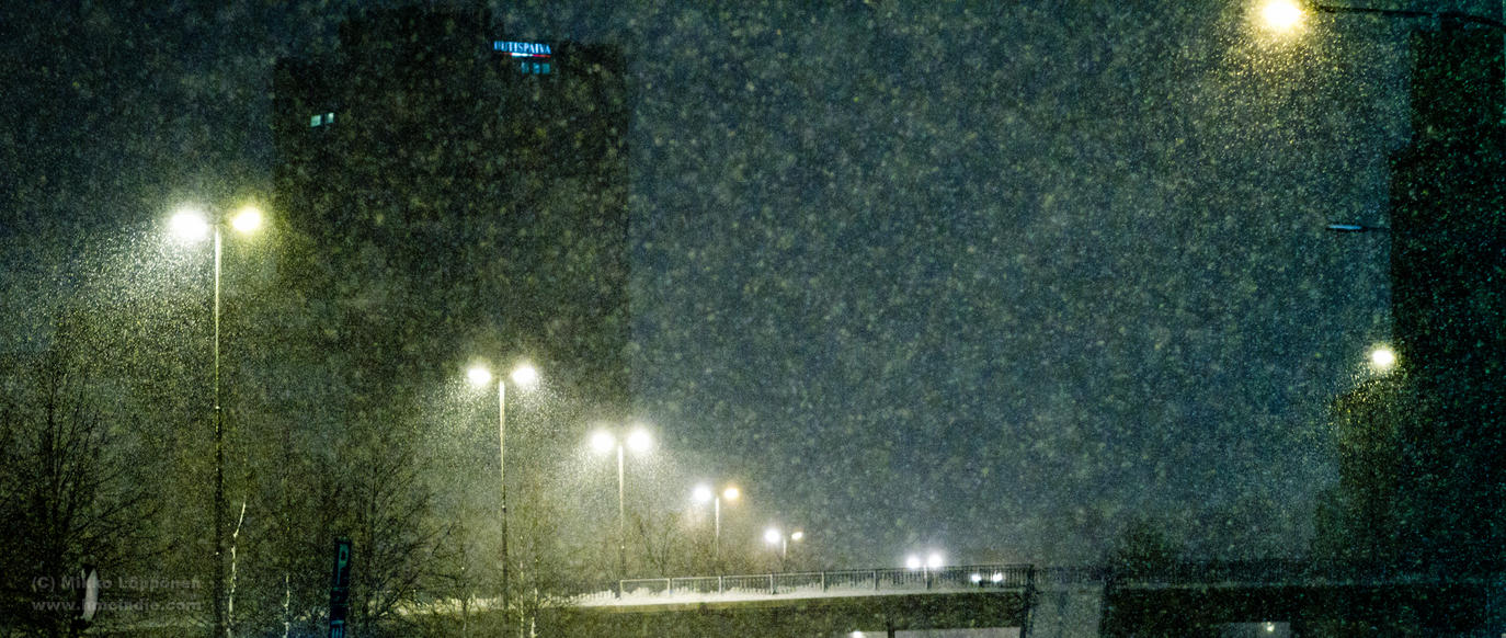 Snow in Helsinki II by hmcindie