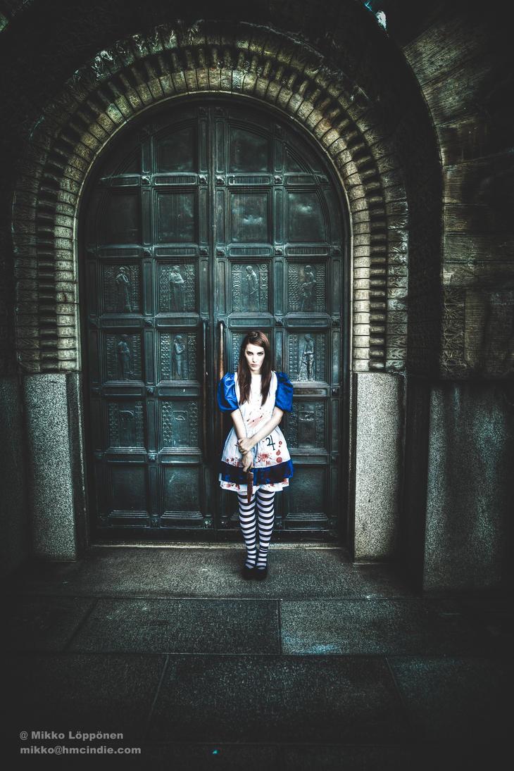 American McGee's Alice. Dark door. by hmcindie