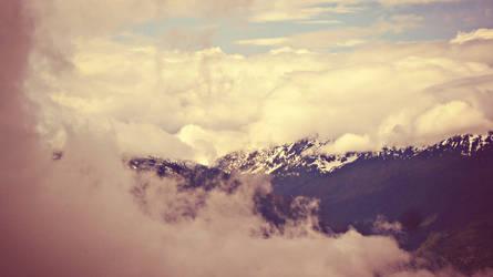 Misty Mountain :D by ItsJessykaa