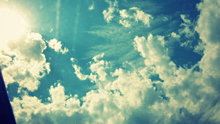 Summer Sky by ItsJessykaa