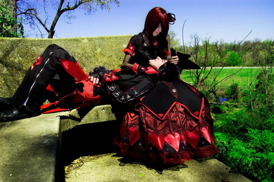 http://fc06.deviantart.net/fs42/i/2009/113/0/a/Heart_struck_by_Ex_Shadow.jpg