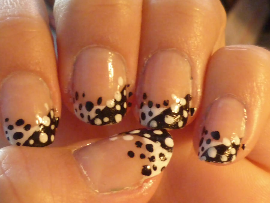 Black and white dots nail art by AnnaS8D on DeviantArt