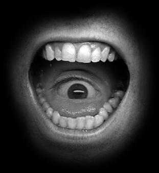 Teeth and Eye. by johnnylorez