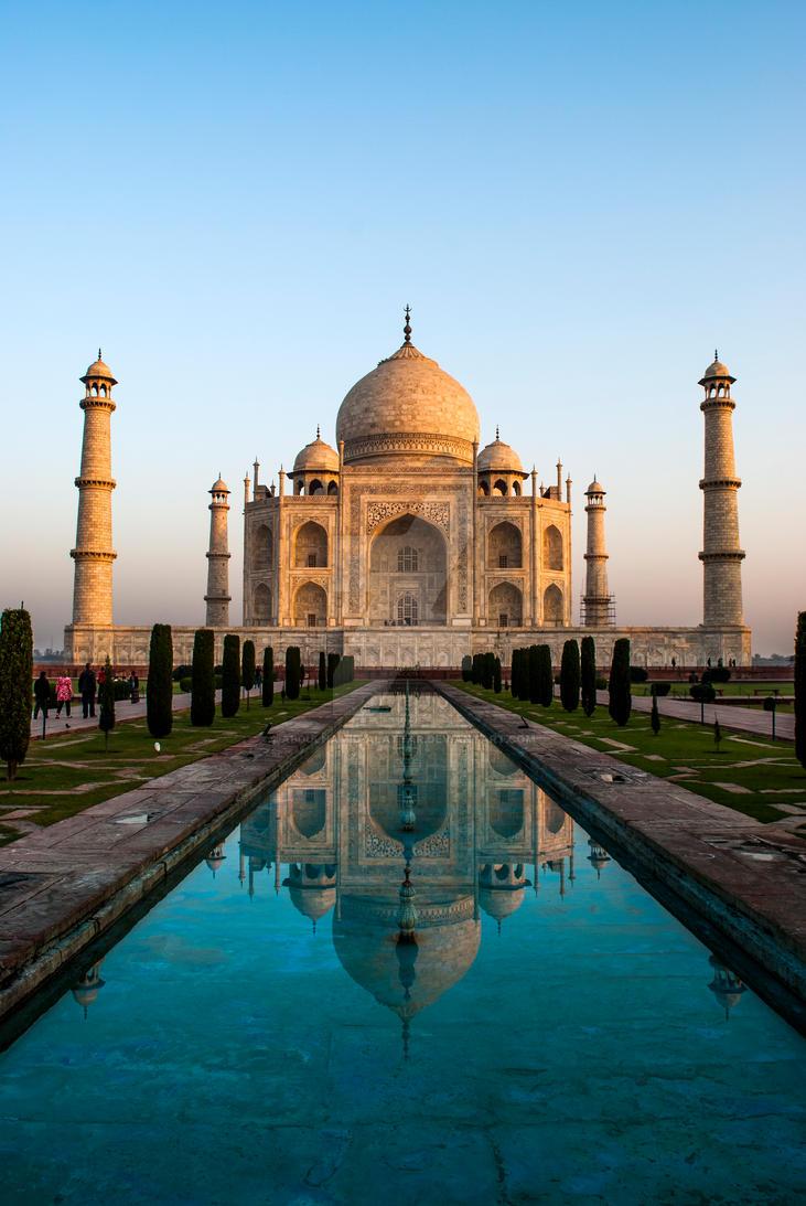 Taj Mahal by abdulhamid-alattar
