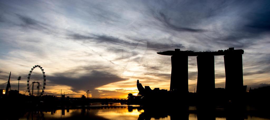 Sunrises in Singapore by abdulhamid-alattar