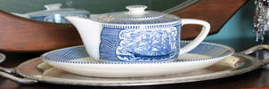 Currier Teapot and Oval Dish